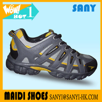 Stylish Chinese Exported Grey Mesh Running Shoes with Good Quality MD Outsole