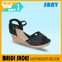 Latest Designed Beautiful Black Wedge Sandals with Durable Heels for Ladies