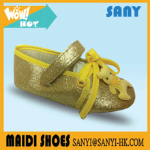 New Style High Quality Shining Yellow Baby Flat Dress Shoes With Lovely Bear Ornament