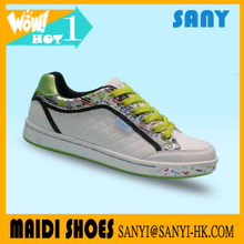 Fashionable Skate Custom Green And White Casual Shoes.ankle skate shoes for woman