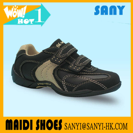 Stylish Breathable Sport Kid Shoes of China with Suede Vamp