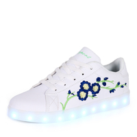 Lighted shoes sneakers shoes Kids Light Up shoes led Casual white Sneakers for girls USB charge 2018 new online and wholesale
