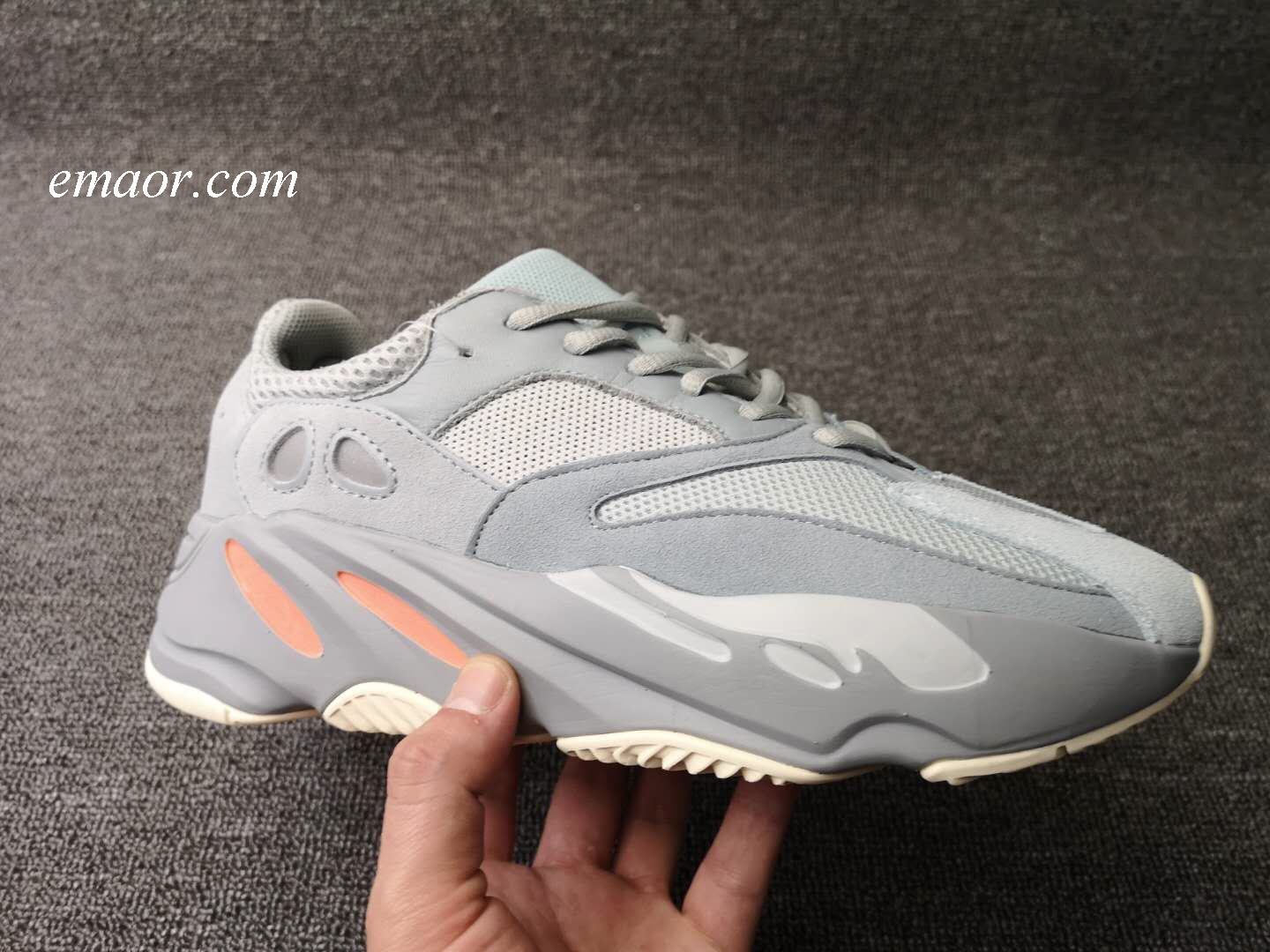 Yeezy Boost 700 Yeezi Air 700 Boost Outdoor Jogging Men's Hiking Shoes Lovers Sneakers Men's Sport Shoes Brand Outdoor Athletic Women's Hiking Shoes Yeezy Boost 700